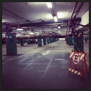 Garagem vazia